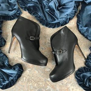 Theory Black Ankle Boots w/ Heel Shoes